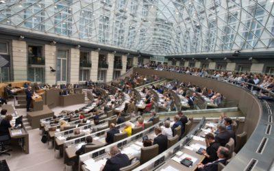 Vlaams Parlement – 05 april POLITIEK DEBAT OVER WONEN