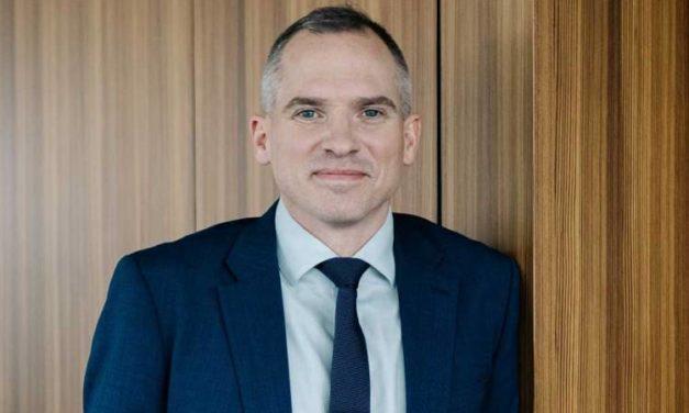 Vlaams minister Matthias Diependaele komt naar ons VME-café