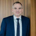 EXCLUSIEF VIDEO INTERVIEW MET MINISTER VAN WONEN MATTHIAS DIEPENDAELE